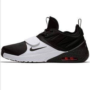 Nike Men's Air Max Trainer 1 Training Shoe